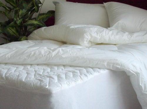 Aprende a desinfectar tu colchón y tus almohadas fácilmente