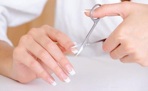 cortar uñas