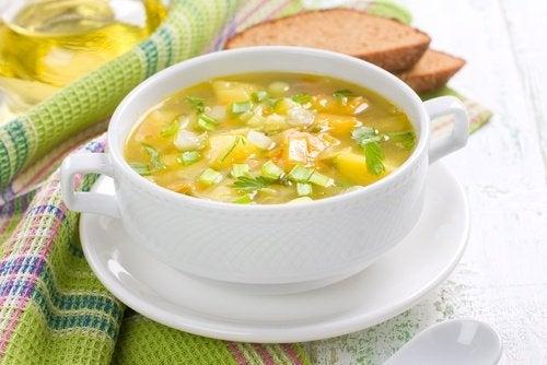 Sopas vegetarianas: sopa de verduras