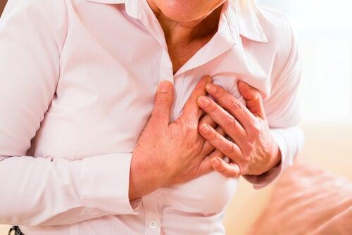 Síntomas atípicos de un infarto en las mujeres