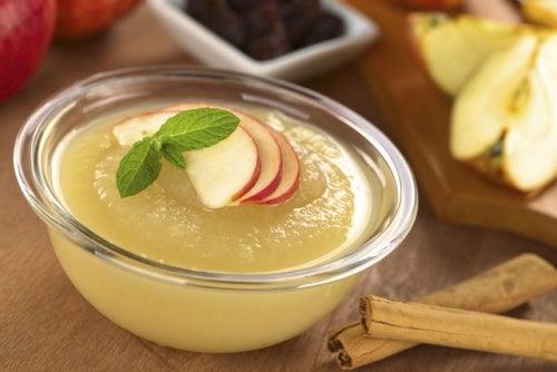 La compota de manzana posee muchas propiedades beneficiosas.