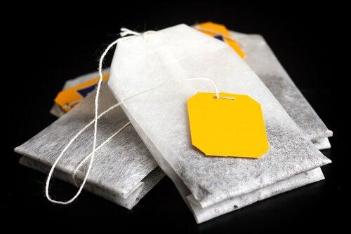 11 formas curiosas de reutilizar las bolsitas de té que desconocías
