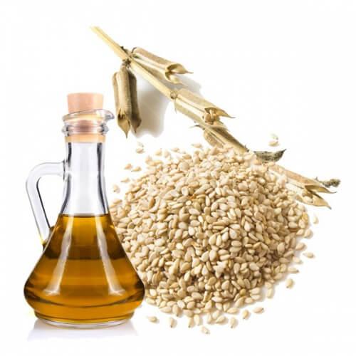 El aceite de sésamo es además antiinflamatorio y ayuda a reducir el colesterol.