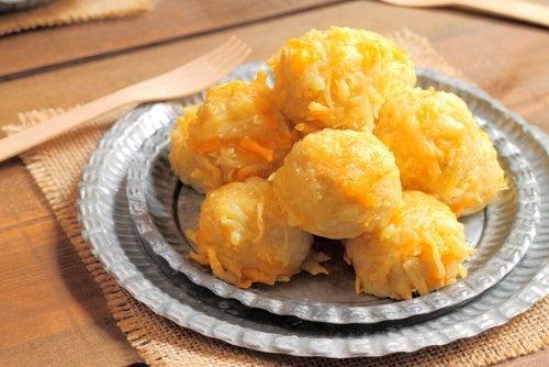 Albóndigas de queso cheddar