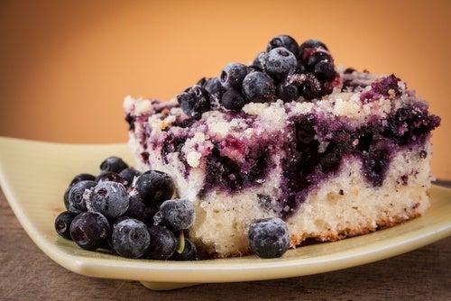 Pastel de arándanos sin gluten y sin lactosa