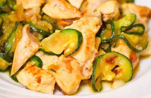 Ensalada de calabacín y pollo