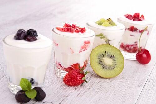 Vasitos de sandía y yogur