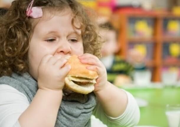 cómo combatir la obesidad en los niños