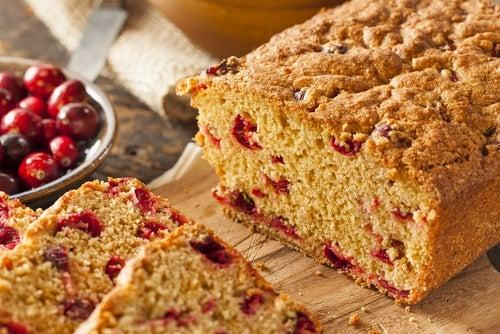 Aprende 3 deliciosas recetas de pan de arándanos