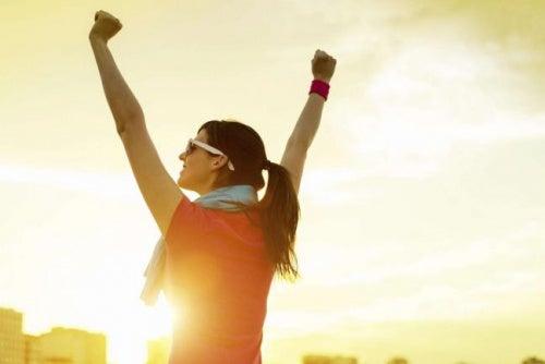 6 consejos clave para recargar  tus energías a la hora  del almuerzo
