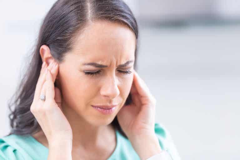 9 simples hábitos cotidianos que podrían dañar tus oídos