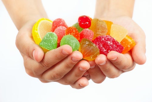 prevenir las caries: evitar azúcares