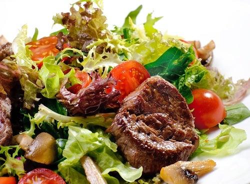 carne-ensalada