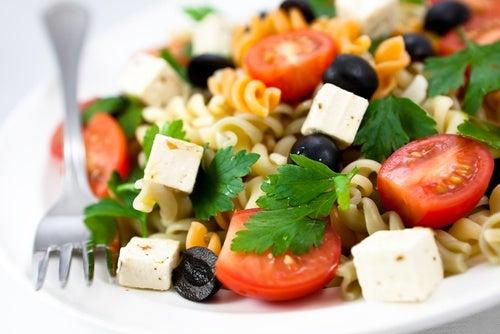 Ensalada de pasta griega
