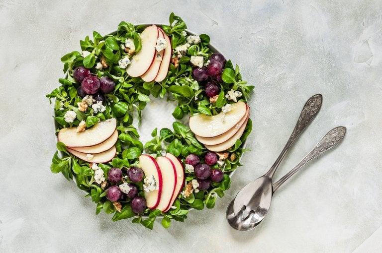 Ensalada de uvas y manzana