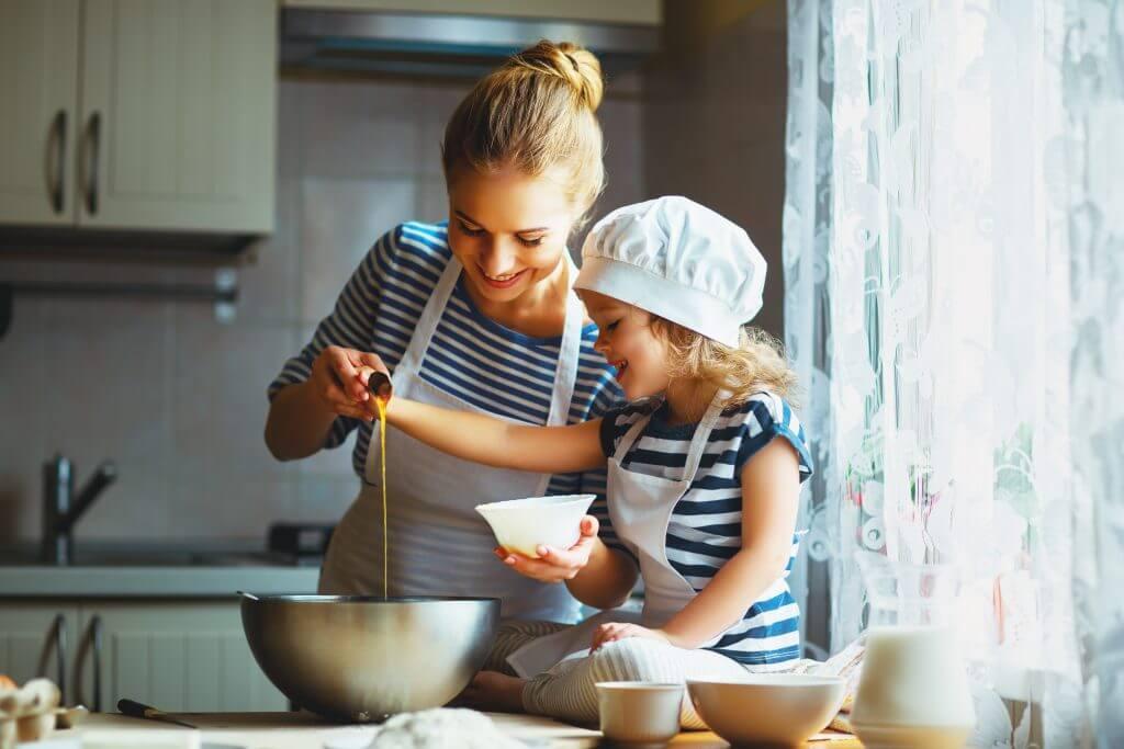 Hacer tarteleta en familia