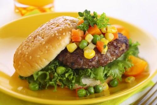 Hamburguesa vegetariana de frijoles