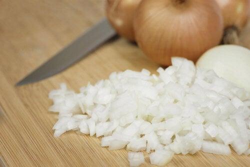Cebolla cortada, un remedio milenario