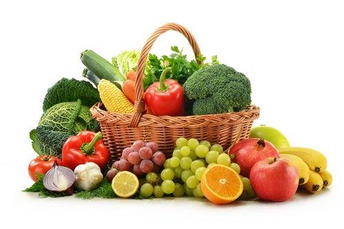 Prevenir las caries: comer verduras