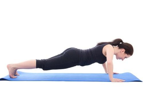 ¿Cómo-hacer-flexiones-de-brazos