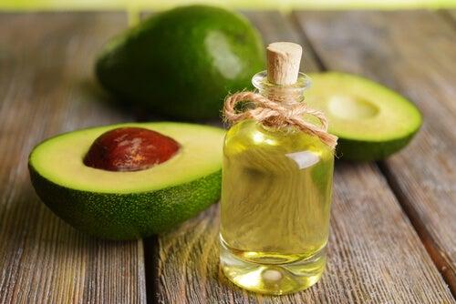 Aceites naturales para reactivar el crecimiento del cabello