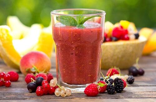 Licuado de frutos rojos