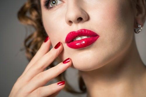 Cómo tener labios más voluminosos de manera natural