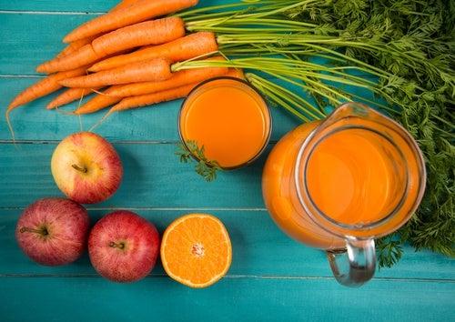 Licuado-de-zanahoria-y-manzana