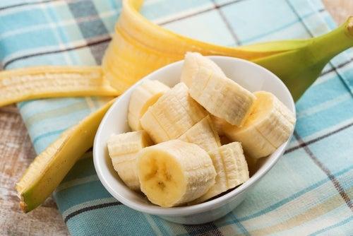 Usos-de-la-cáscara-de-banana-en-la-salud