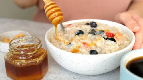 10 alimentos que ayudan a combatir el dolor de garganta