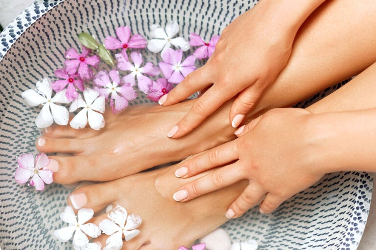 Remedios caseros para los pies y tobillos hinchados