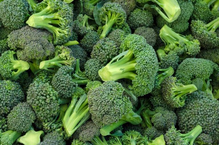 ¿Cuál es la manera correcta de comer brócoli?