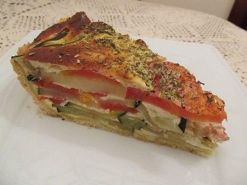 También podemos ser creativos y preparar estas variantes del pastel de calabacín.
