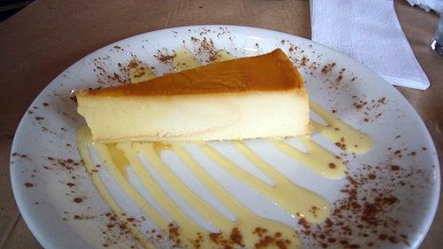 Flan de queso y leche condensada al microondas