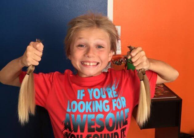 Dejó crecer su pelo durante dos años para donarlo a los enfermos de cáncer