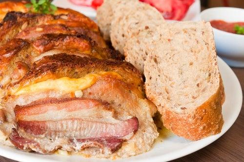 Pan de bacon y queso