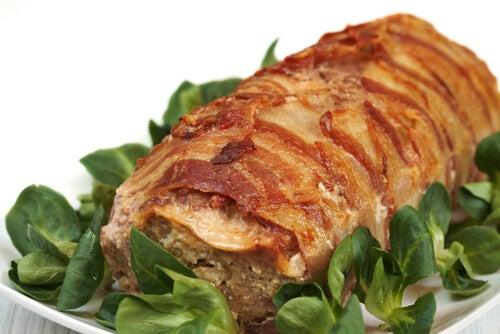 Pastel de carne y tortilla de patata