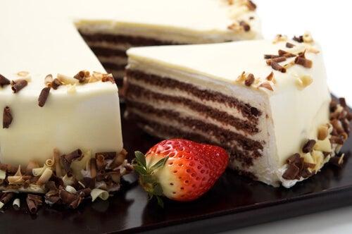 Tarta de chocolate blanco sin horno