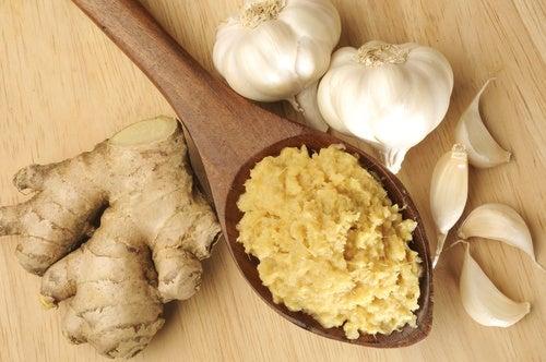 ajo, jenjibre y miel contra dolencias comunes