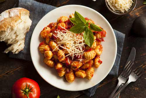 Receta para preparar una rica salsa boloñesa vegana