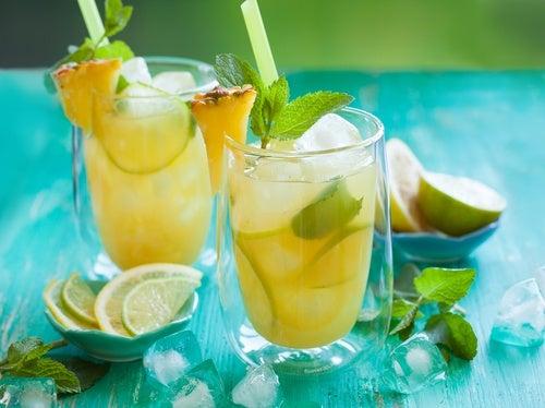 Cómo equilibrar el pH del cuerpo con limón y piña