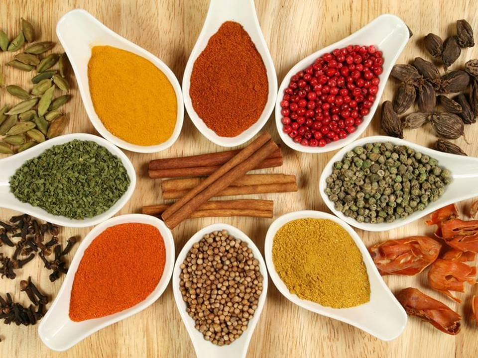 12 formas de sazonar tus alimentos para evitar el consumo de sal