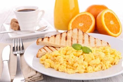 Los huevos son ricos en vitamina D