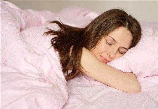 ¿Qué hace nuestro cuerpo mientras duerme?