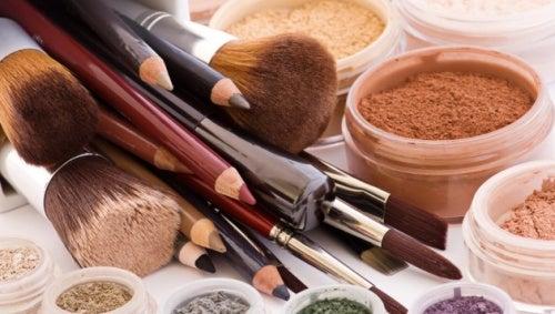 ¡Cuidado! 10 productos de belleza que nunca debes compartir