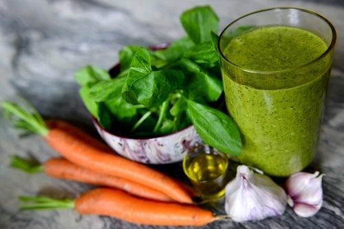 zumo de espinacas para limpiar las arterias del colesterol