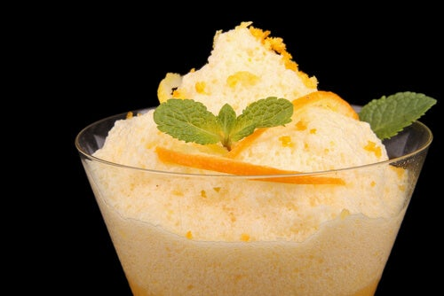Delicioso mousse de naranja