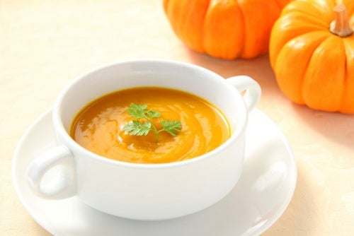 receita-de-sopa-de-naranja y calabaza