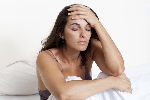 latin woman headache