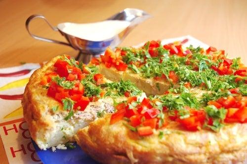 Tortilla francesa rellena de jamón y queso